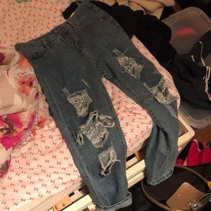 cue boyfriend jeans